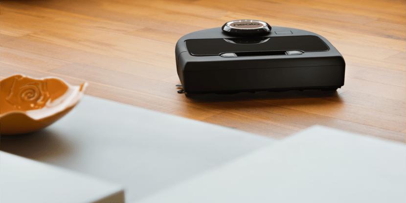 Neato Botvac Connected hardwood floor tag