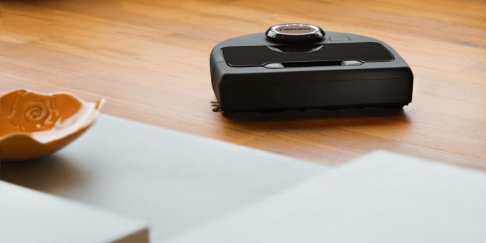 Neato Botvac Connected hardwood floor